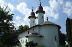6-Manastirea-Varatec
